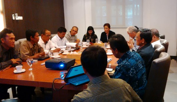 Petambak eks Dipasena membahas isu kemandirian bersama Menteri KKP Susi Pudjiastuti (Dok. Dipasena)