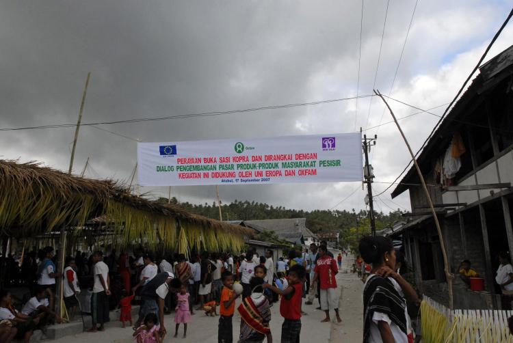 Desa terpencil harus menjadi prioritas pengucuran dana desa (dok. oxfam)