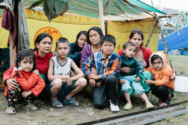 Perempuan dan anak-anak di Nepal rentan alami kekerasan karena tak ada perlindungan tempat tinggal permanen pasca gempa (dok. oxfam.org.au)