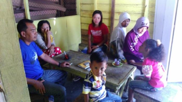 Keluarga Nelayan Langkat berharap Presiden Jokowi membebaskan suami mereka yang ditangkap polisi maritim Malaysia (dok kiara)