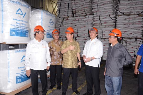 Stok gula rafinasi di gudang perusahaan swasta (dok. kemenperin.go.id)