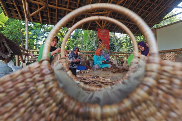Pengembangan UMKM Desa (dok. kumkm-kalteng.com)