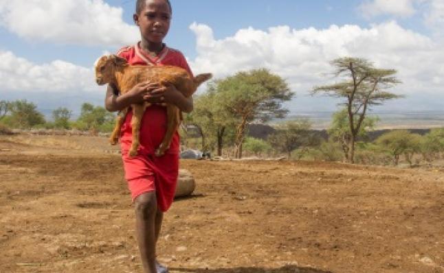 Anak petani miskin di Ethiopia. Kaum miskin dunia hanya mengemisi 10 persen karbon namun paling terdampak perubahan iklim (dok. oxfam.org)