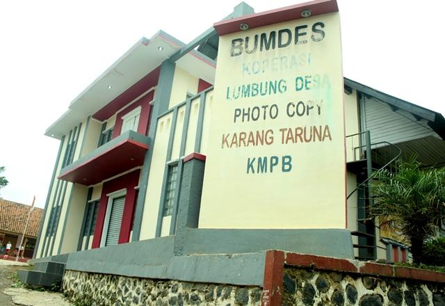 Salah BUMDes di sebuah desa di Jawa Barat (dok. unpad.ac.id)