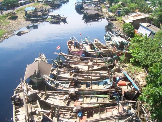 Pemukiman nelayan di Cilincing, Jakarta Utara. Kekayaan laut Indonesia belum sejahterakan nelayan (dok. kiara)