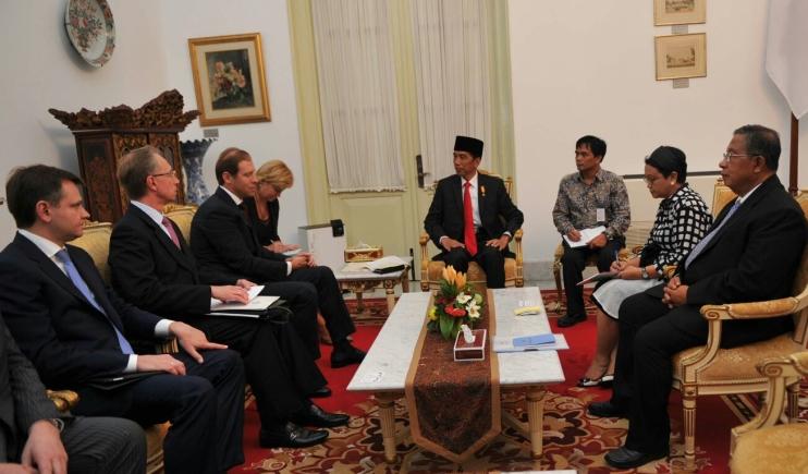 Presiden Joko Widodo menerima utusan Presiden Rusia Vladimir Putin. Jokowi berupaya lakukan diplomasi sawit ke Rusia (dok. ksp.go.id)