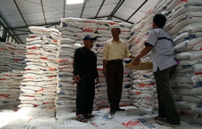Stok beras di Gudang Bulog Jawa Barat (dok. jabarprov.go.id)