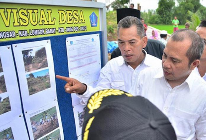 Menteri Desa PDTT Marwan Jafar meninjau pembangunan sistem desa online (dok. kemendesa.go.id)