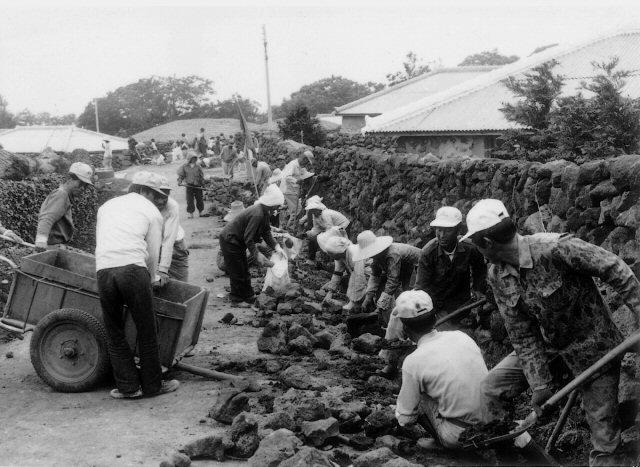 Rakyat Korea membangun desa lewat gerakan saemaul undong (dok.saemaul.com)