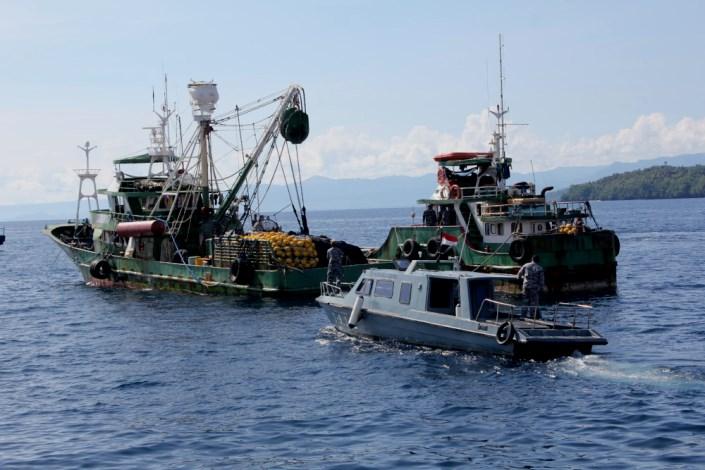 Kapal ikan milik asing ditangkap aparat Kementerian Kelautan dan Perikanan di perairan Maluku Utara (dok. kkp.go.id)