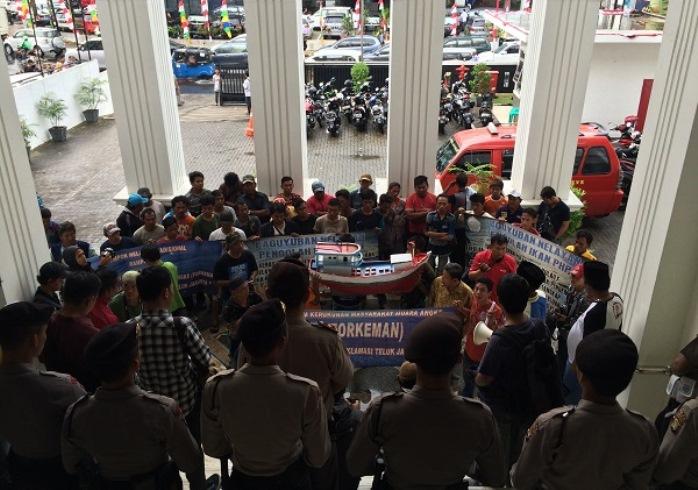 Aksi nelayan menolak proyek reklamasi Teluk Jakarta (dok. bantuanhukum.or.id)