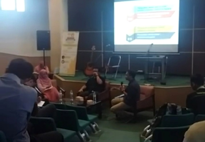 Talkshow regenerasi petani, dalam rangka roadshow Duta Petani Muda 2016 (dok. villagerspost.com/said abdullah)