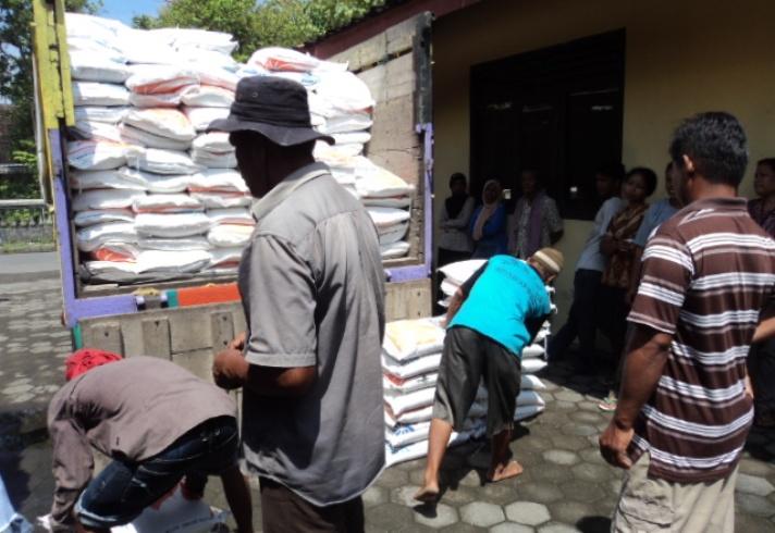 Distribusi raskin di daerah (dok. kabupaten kulonprogo)