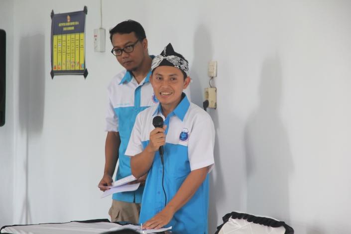 Deni Nurhadiansyah, petani yang juga alumni IPB, menjelaskan keunggulan IPB3S (dok. alumni ipb)
