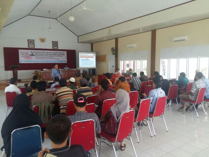 Pelatihan audit pupuk bersubsidi yang diselenggarakan Katalis bersama KRKP di Luwu Utara (dok. katalis)