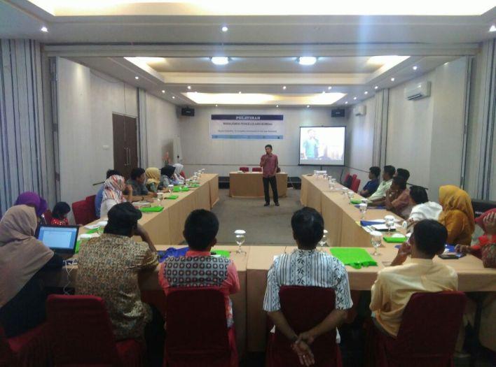 Pelatihan pengelolaan manajemen BUMDes di Makassar (dok. KATALIS)