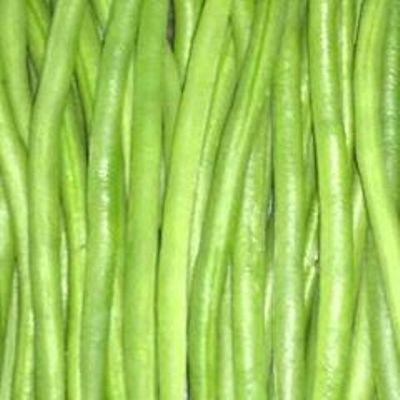 Buncis kenya yang hijau, segar dan besar (dok. villagerspost.com/rahmat adinata)