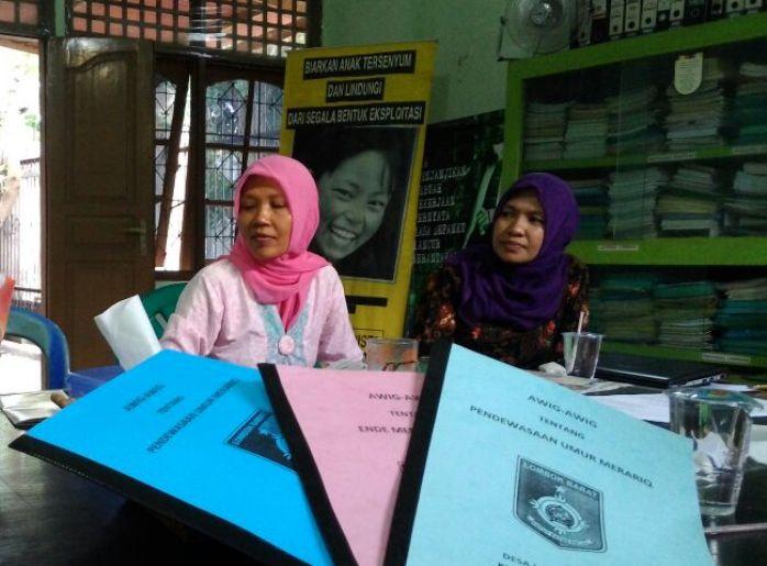 Ketua Yayasan Santai, Suharti memaparkan program kerja Santai (dok. villagerspost.com)