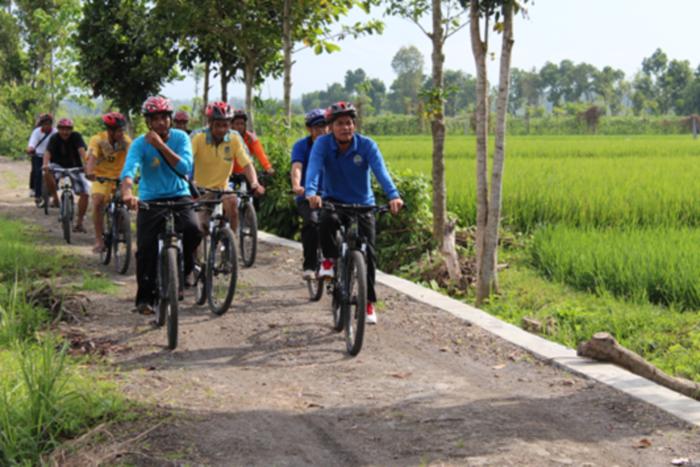 Kembangkan Wisata Desa Bilebante Dapat Apresiasi Kemendesa Pdtt Villagerspost Com